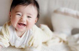 Trẻ 6 tháng tuổi – Sự Phát Triển và Chăm Sóc Trẻ