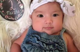 Trẻ 2 tháng tuổi – Sự Phát Triển và Chăm Sóc Trẻ